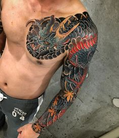 When you get a traditional Japanese dragon tattoo, you're sure to feel its strength. Choose a Japanese style dragon tattoo to inspire for a lifetime. Traditional Japanese Tattoo Sleeve, Japanese Leg Tattoo, Japanese Tattoos For Men, Japanese Dragon Tattoos, Japanese Tattoo Designs, Japanese Sleeve Tattoos, Traditional Japanese Dragon, Japanese Style, Tatuajes Irezumi
