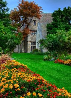 Lawrence Mansion´s gardens at Hartwood Acres, Pittsburgh