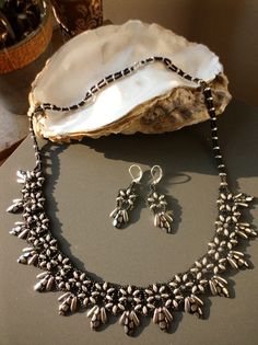 beaded necklace: Fernie - Kette mit Twin Beads
