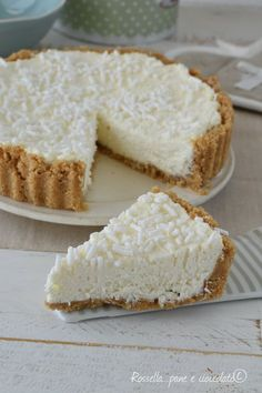 Cheesecake mascarpone e cocco Mexican Dessert Recipes, Italian Desserts, Italian Recipes, Italian Dishes, Cheesecake, No Bake Desserts, Delicious Desserts, Popular Italian Food, Sweet Recipes