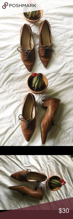 Asos Oxford heel shoes - Light brown Oxford heels  - pointy shoe, ties in the front  - 1 inch heel - Brand: ASOS  - Does not have the shoe size marked but I'd say it fits a 6.5 the best  - only wore once. Bottom could use a bit of cleaning but the rest of the shoe is still in amazing condition   #asos #asosshoes #asosheels #oxfordheel #oxfordshoes ASOS Shoes Heels