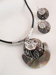 FS706 - Boutique Jewelry set - Abalone Shell