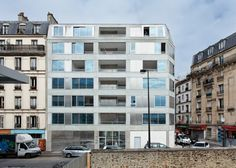 10 Dwellings in Pajol / Bourbouze & Graindorge