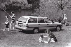 Ford Mondeo CLX Estate (IAA 9/93), Factory Press Photo.
