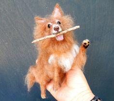 Spitz Mix Hundeporträt nadelgefilzt, bewegliche Miniatur mit offenem Maul…