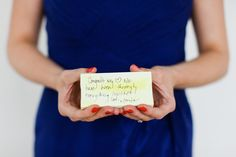 Canvas notes instead of a guest book at weddings. Very cute idea!