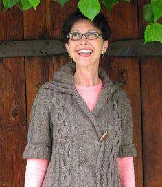 beautiful knitting pattern, free on Ravelry.com  by Julie Turjoman Congrats Julie!
