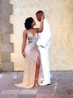 Prom Dresses Elegant, Sexy Sheath Champagne Side Slit With Diamonds Sweetheart Backless Tulle Prom Dresses, Mermaid prom dresses, two piece prom gowns, sequin prom dresses & you name it - our 2020 prom collection has everything you need! Black Girl Prom Dresses, Cute Prom Dresses, Tulle Prom Dress, Homecoming Dresses, Girls Dresses, 1950s Dresses, Party Dresses, Vintage Dresses, Prom Pictures Couples