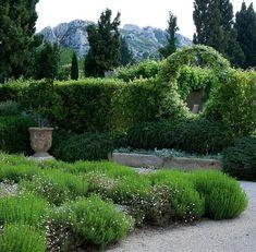 C.B.I.D. HOME DECOR and DESIGN: GARDENING: GREEN GARDEN IN PROVENCE & ROCKY MOUNTAIN GARDEN IN UTAH