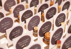 Décoration de mariage avec des bouchons de vin: Hal Horowitz Photographie / TheKnot.com