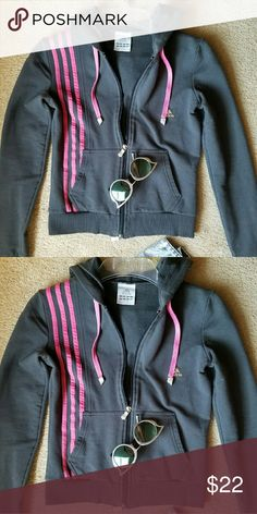 Adidas Sports Joga zipper sweater. Pre-loved but still in great condition. Adidas Sweaters