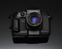 Contax AX only camera in the world with a moving motorised film plane allowing AF from manual lenses - outstanding idea !
