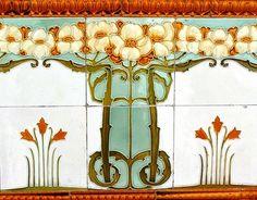 pearl-nautilus:  Art Nouveau Tile