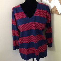 Madewell Stripe Sweater size S This is in good condition and runs big in my opinion- fits a medium ✅I accept offers via the offer button only ✅ Gift with all bundles! ✅ New items added weekly ✅Quick Shipping ❌Trades ❌Holds ❌PayPal ❌Lowball offers! Madewell Tops