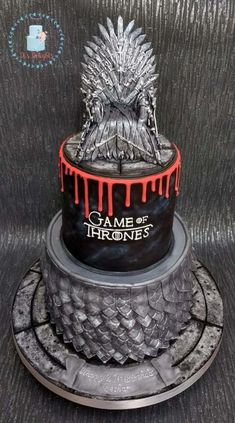 Game of Thrones - Cake by Di's Delights