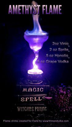 Halloween Cocktails, Holiday Drinks, Summer Drinks, Disney Cocktails, Alcholic Halloween Drinks, Halloween Party, Mixed Drinks Alcohol, Alcohol Drink Recipes, Fireball Recipes
