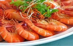 Shrimp is one of those seafood items that are NOT easy to prepare. So knowing how to reheat shrimp is crucial at such times, isn't it? Seafood Buffet, Best Seafood Restaurant, Portuguese Recipes, Filipino Recipes, Shrimp Recipes Easy, Healthy Recipes, Spot Prawns, Did You Eat, Pinoy Food