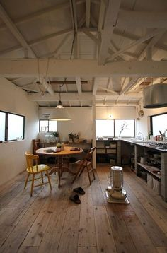 Inspiring Japanese Kitchen Style - My Little Think Interior Exterior, Kitchen Interior, Room Interior, Interior Architecture, Japanese Architecture, Inspiration Design, Interior Inspiration, Style At Home, House Rooms