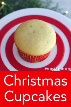 These festive Christmas cupcakes decorated five different ways from Preppy Kitchen are too cute not to make for your next holiday gathering! Winter Desserts, Easy Holiday Desserts, Thanksgiving Desserts, Holiday Cakes, Holiday Recipes, Thanksgiving Videos, Christmas Snacks, Christmas Cooking, Christmas Christmas