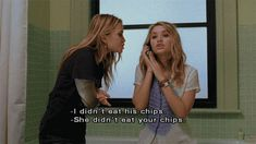 Roxie did you eat this man's chips? -New York Minute Mary Kate and Ashley Olsen Mary Kate Olsen, Mary Kate Ashley, Elizabeth Olsen, Ashley Olsen, Tv Show Quotes, Film Quotes, Ashley Movie, New York Minute, Olsen Twins