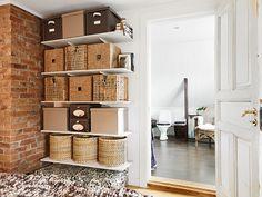 almacenaje en estantería abierta