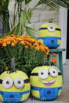 Minion Pumpkins!  This would be a cute DIY craft, home decor idea for Halloween, Fall / Autumn holiday time.  Kids and grown ups would love it.  This shows the image only.