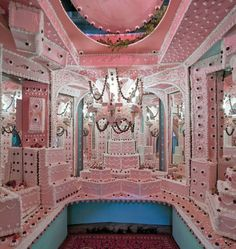 Artists Scott Hove and Baker's Son turn LA gallery Think Tank into square foot cake maze. Giant Cake, Cake Land, Pop Up Dinner, Thing 1, Everything Pink, Installation Art, Retro, Pretty In Pink, Cool Art