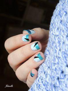 Aquatic Nail Art.