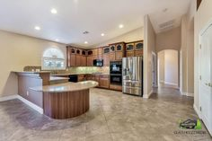 Glass Houzz Media - List your property with quality photos. Affordable, Real Estate Photography. Servicing the entire Las Vegas Valley.