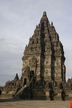Candi Prambanan, Yogyakarta, Indonesia. Salah satu obyek wisata provinsi kesultanan.