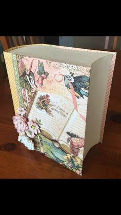 Beautiful Life Is An Open Book created by crafter Kristy Martin.   Click on the link below to purchase the tutorial.   http://shop.paperphenomenon.com/Life-Is-An-Open-Book-Tutorial-Video-Combo-tutvid087.htm