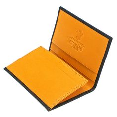This attractive Bridle Hide Business Card Case by Ettinger has been meticulously designed and Made in the most elegant British style. Bridle Hide has been one of Ettinger's specialties since the Card Wallet, Purse Wallet, Diy Leather Card Holder, Simple Wallet, Cute Wallets, Handmade Leather Wallet, Business Card Case, Designer Wallets, Small Leather Goods