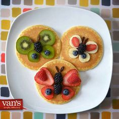 Berry butterfly pancakes