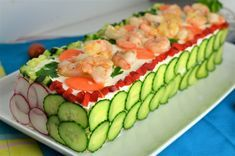 Good Food, Yummy Food, Cordon Bleu, Pasta, Food Humor, Party Snacks, Finger Foods, Catering, Sushi