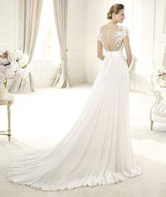 Elegant A-line Straps V-neck Lace Hand Made Flowers Sweep/Brush Train Chiffon Wedding Dresses : Wedding Dresses, Bridesmaid Dresses, Gowns Online Shop,   Aisle Style UK