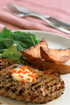 Simple supper for two, peppered sirloin, rump or rib eye steaks with chilli butter. Easy Steak Recipes, Cooking Recipes, Roasted Parsnips, Sweet Potato Wedges, Beef Sirloin, Butter Recipe, Steaks, Spicy, Stuffed Peppers