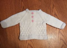24 New ideas knitting patterns free baby cardigan newborns ravelry Crochet Baby Cardigan Free Pattern, Baby Boy Knitting Patterns, Knitted Baby Cardigan, Knit Baby Sweaters, Baby Hats Knitting, Cardigan Pattern, Baby Patterns, Baby Knits, Crochet Patterns