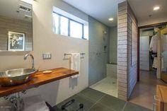 4950 W Lazy C Dr, Tucson, AZ 85745 - Bathroom