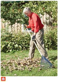 Fall is the most important time of year to fertilize your lawn. Discover how you can properly feed your lawn this fall so that you produce a healthy, green lawn come spring. Plants For Raised Beds, Luxury Garden Furniture, Shiplap Bathroom, Foundation Planting, Modern Bedroom Decor, Green Lawn, Enchanted Garden, Architectural Features, Outdoor Living Areas