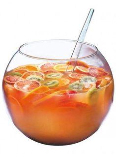 Recette - Pot-au-rhum - Proposée par 750 grammes Plus alcoholic drinks Pot-au-rhum Rum Cocktails, Limoncello Cocktails, Summer Cocktails, Cocktail Drinks, Fun Drinks, Yummy Drinks, Cocktail Recipes, Alcoholic Drinks, Drink Party