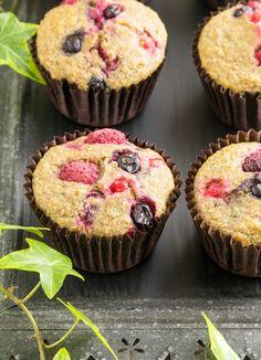 zdrowe pełnoziarniste muffiny z owocami bez cukru Sweet Recipes, Cake Recipes, Dessert Recipes, Desserts, Apple Health, Food Cakes, How Sweet Eats, Kids Meals, Healthy Snacks