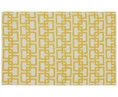 Für Hippies und Minimalisten: In- und Outdoorteppich SQUARE von Jill & Jim Designs ist mit einem schlichten Muster aus überlappenden Quadraten verziert. Die Geo-Prints in fröhlichem Gelb passen sowohl zum beliebten Boho-Wohnstil als auch in schlichte, skandinavische Wohnräume. Praktischerweise kann man den vielseitigen Bodenschatz auch im Outdoor-Bereich verwenden.