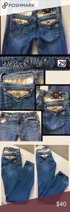 """Miss Me Straight Leg Jeans, 29 Miss Me Straight Leg Jeans, 29, gold sequin/Button accents, medium wash, waist 30"""", inseam 32"""", inseam 7"""", only 2 flaws (1. Back right pocket is missing clear stud 2. Frays at hem) both of which can be seen in pics.   WILL BUNDLE FOR ADDITIONAL DISCOUNT ON SHIPPING AND CLOTHING Miss Me Jeans Straight Leg"""
