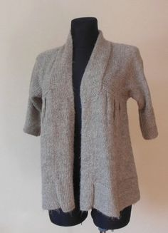 Kup mój przedmiot na #vintedpl http://www.vinted.pl/damska-odziez/bolerka/16851687-next-bezowy-sweterek-narzutka-40