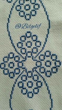Seccade Modelleri - - - Best of Wallpapers for Andriod and ios Cross Stitch Borders, Cross Stitch Designs, Cross Stitching, Cross Stitch Patterns, Hand Embroidery Designs, Beaded Embroidery, Cross Stitch Embroidery, Embroidery Patterns, Palestinian Embroidery