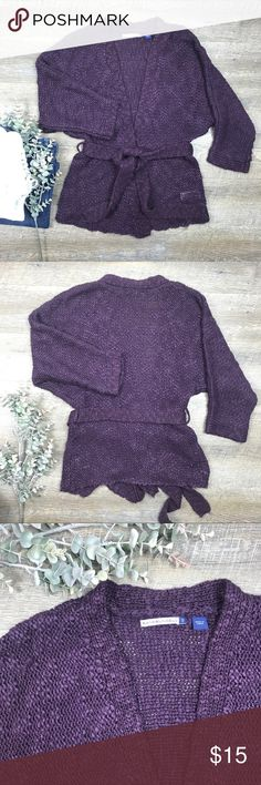 Bandolino Blu Cardigan Sweater Ultra Soft Bandolino Blu cardigan sweater that ties! In excellent condition! 100% acrylic. Size S. G-10 bandolino blu Sweaters Cardigans
