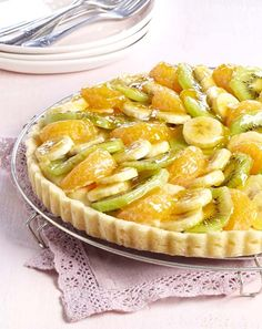 Fruittaart met banketbakkersroom