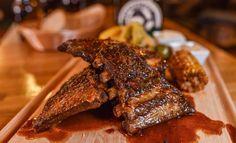 Grilované rebrá a krídla v petržalskej Pivárničke 20 Min, Ale, Steak, Pork, Kale Stir Fry, Ale Beer, Steaks, Pork Chops, Ales