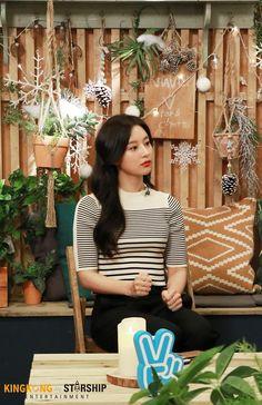 [배우 김지원] 홍보요정과 함께한 DAY☆ : 네이버 포스트 Kim So Eun, Kim Sejeong, Kim Ji Won, Korean Actresses, Korean Actors, Actors & Actresses, Korean Idols, Korean Drama, Shin Min Ah