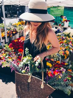 San Diego Farmers Market | Things to do in San Diego | Little Italy Mercato Farmers Market | Hillcrest Farmers Market #sandiego #california #farmersmarket